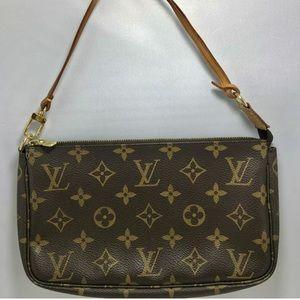 Authentic Louis Vuitton Pochette Monogram Purse